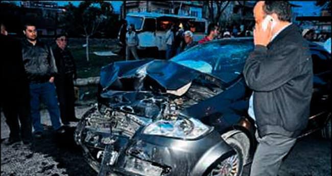 İki farklı kazada 12 kişi yaralandı