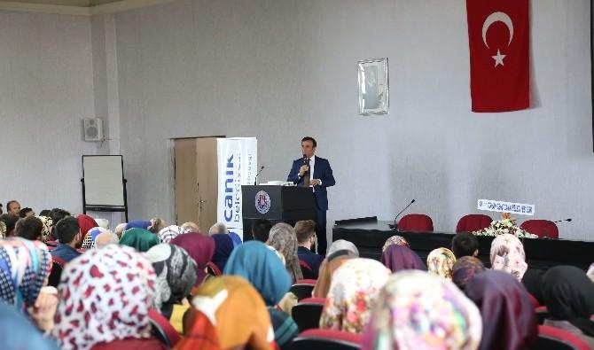 Başkan Genç, OMÜ'de Öğrencilerle Buluştu