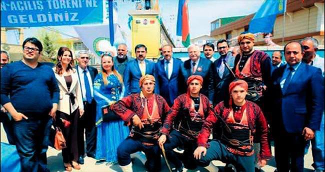 Azeri ataşenin adı sokağa verildi