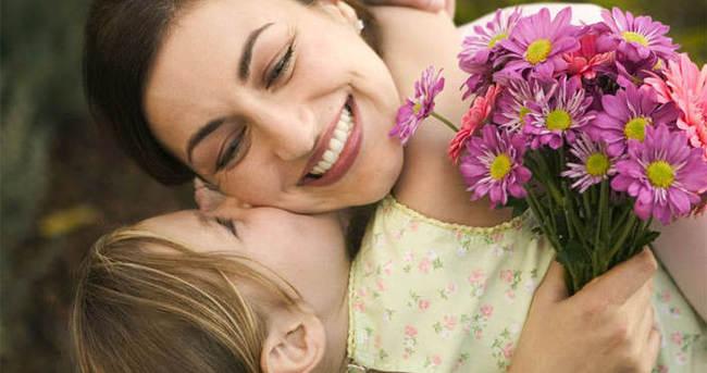 Anneler günü ne zaman kutlanmaya başladı?