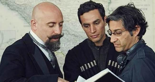 Halit Ergenç, yeni filmi için imaj değiştirdi