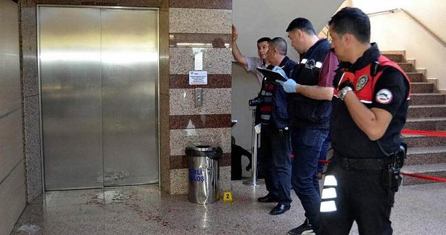 Başhekim polis memuru tarafından vuruldu