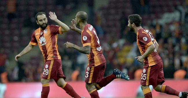 Galatasaray final kapısını araladı