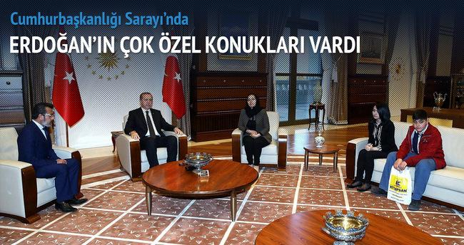 Erdoğan, Özgecan Aslan'ın ailesini kabul etti