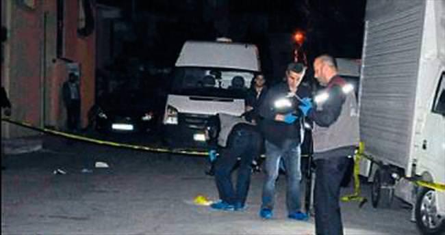 Kahvehaneye silahlı saldırı: 1 ölü, 1 yaralı