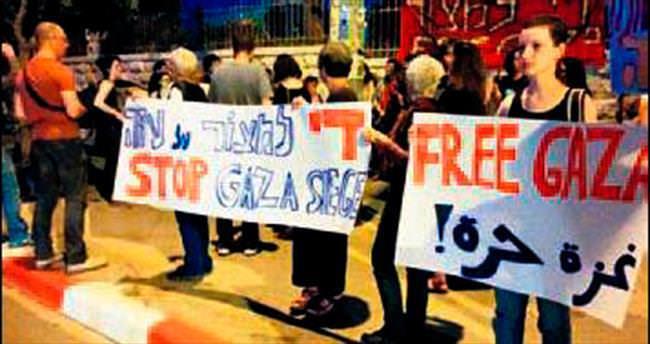 İsrailliler Gazze için sokakta
