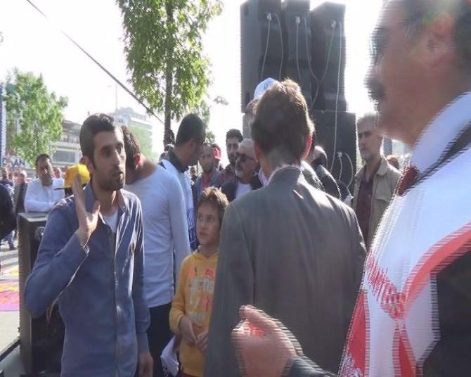Bursa'da İşçilerle Tertip Komitesi Arasında Gerginlik