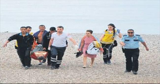 Fenalaşan tatilciyi vatandaş kurtardı