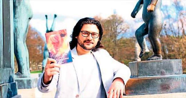 Norveç'teki İzmirli ikinci romanı yazdı