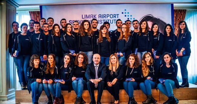 Limak Kosovalı gençlere AB'nin kapılarını araladı