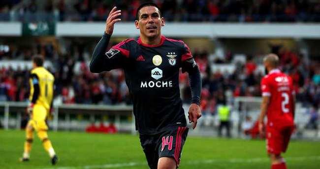 Galatasaray, Maxi Pereira ile söz kesti