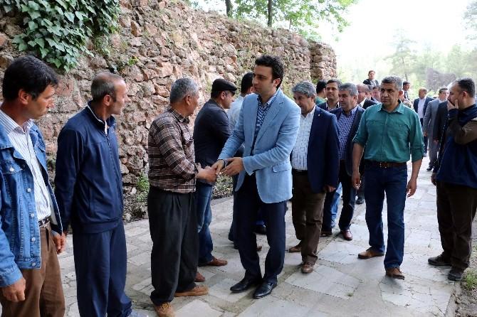 AK Parti'li Mustafa Köse, Döşemealtı'nda Vatandaşlarla Buluştu