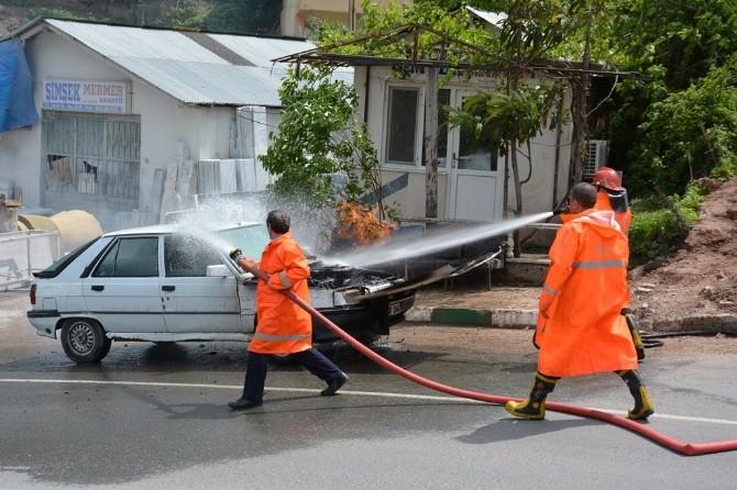 Artvin'de LPG'li Araç Yangını Korkuttu