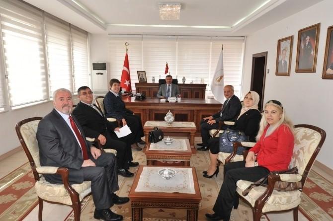 CHP Heyeti Vali Yılmaz'ı Ziyaret Etti