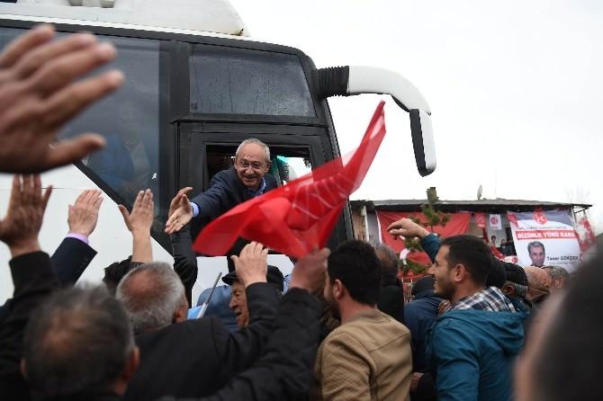 CHP Lideri Kılıçdaroğlu, Susuz'da Çay Molası Verdi