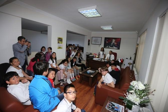 Minik Öğrrenciler Yerel Yönetimleri Efeler Belediyesi İle Tanıdı