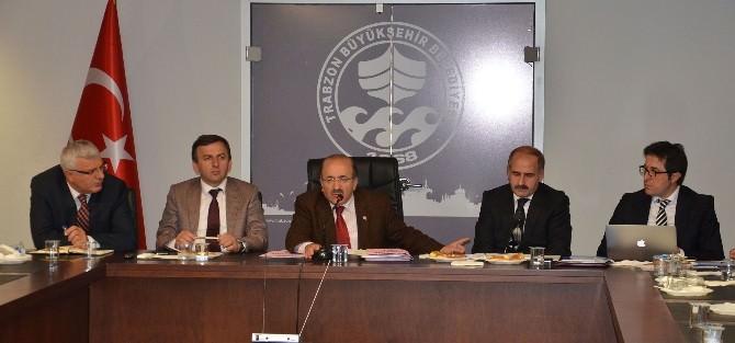 Başkan Gümrükçüoğlu Çarşıbaşı İlçesinin Muhtarları İle Buluştu