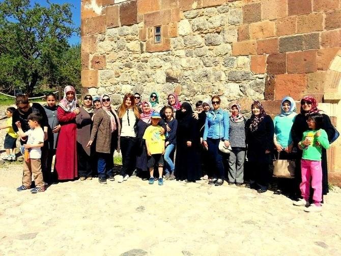Kursiyerlere Akdamar Adası Gezisi