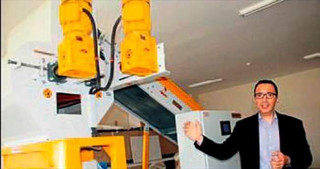 SDÜ yeni tarım makinesi geliştirdi