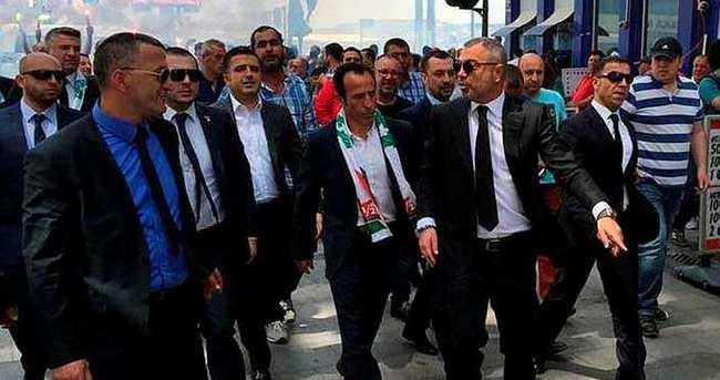 Karşıyaka'da Recep Çetin bombası!