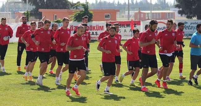 Balıkesirspor'da iki futbolcu kadro dışı
