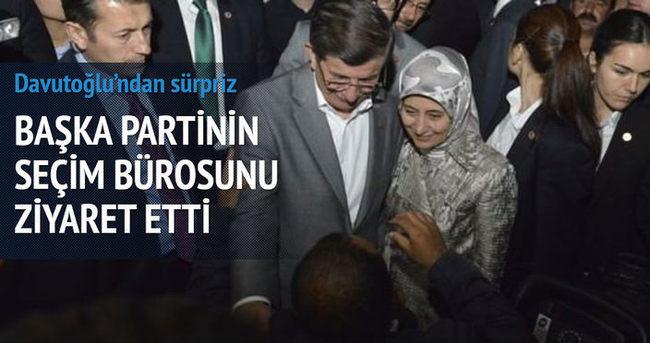 Ahmet Davutoğlu MHP seçim bürosunu ziyaret etti