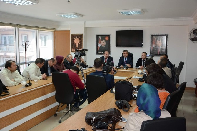 AK Parti Afyonkarahisar İl Başkanı İbrahim Yurdunuseven'den Sağduyu Çağrısı