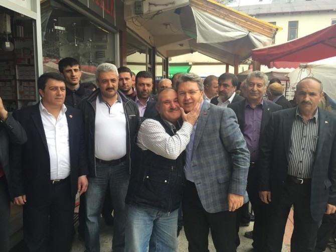 AK Parti Gümüşhane Milletvekili Feramuz Üstün, Seçim Gezilerini Sürdürüyor