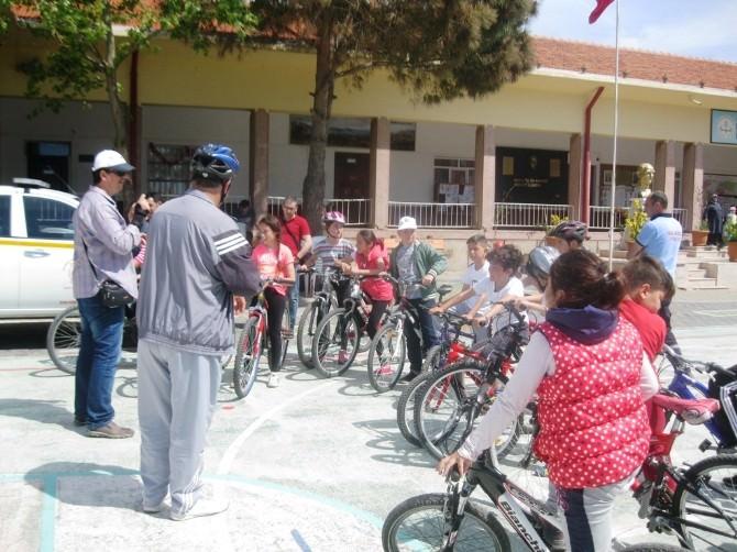 Asted Trafik Eğitim Etkinliklerini Cunda Bisiklet Turuyla Tamamladı