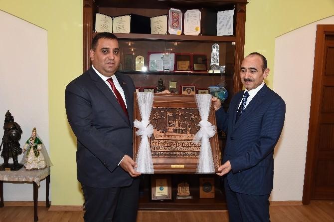 Azerbaycan Heyetinden Başkan Can'a Ziyaret