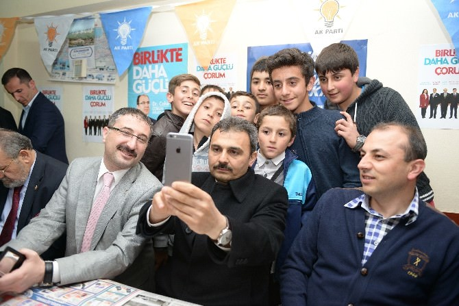 Başkan Külcü'den Çocuklarla Selfie