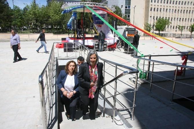 Diyarbakır'da 2 Katlı 155 Araçlık Otopark Açıldı