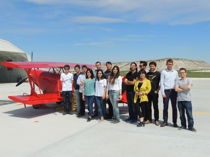 Havacılık Günlerinin Talihlileri Akrobasi Pilotu Öztürk İle Uçtu