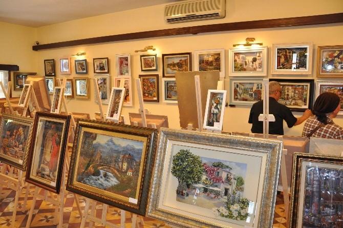 Edremit'te Kağıt Rölyef Sergisi Açıldı