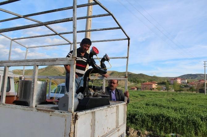 Sungurlu'da İlaçlama Çalışmaları Devam Ediyor