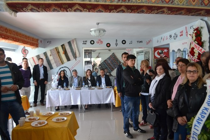Tını Müzik Kültür Ve Sanat Evi Derneği Kapaklı'da Açıldı