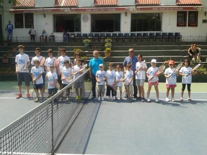 Tenis Deniz Spor Kulübünde Türkiye'nin Minik Tenisçileri Yarışacak