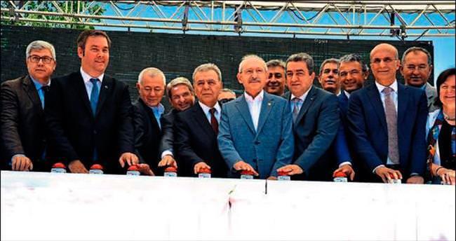 Kemal Kılıçdaroğlu meydan temeli attı