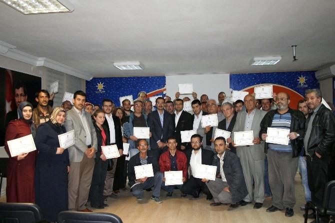 AK Parti'de Sandık Görevlilerin Eğitimine Başlandı