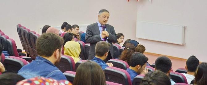 """Oğuzeli MYO'da """"Çalışma Hayatında Etik"""" Konferansı"""