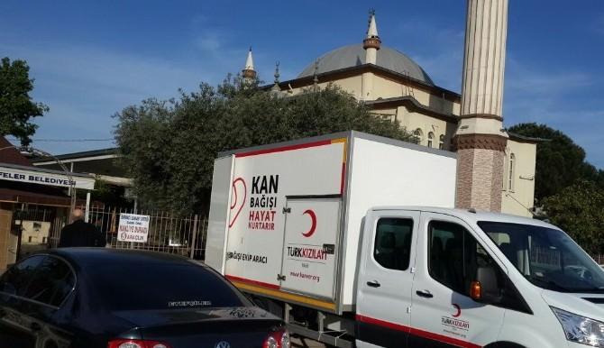 İmam Minareden Seslendi Esnaf Kan Vermeye Koştu