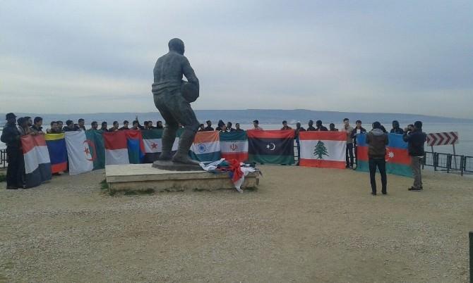 Filistinli Öğrenciler Çanakkale'de Duygusal Anlar Yaşadı