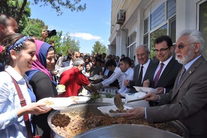 Mardin'de 4'üncü Geleneksel Bulgur Pilavı Festivali Yapıldı