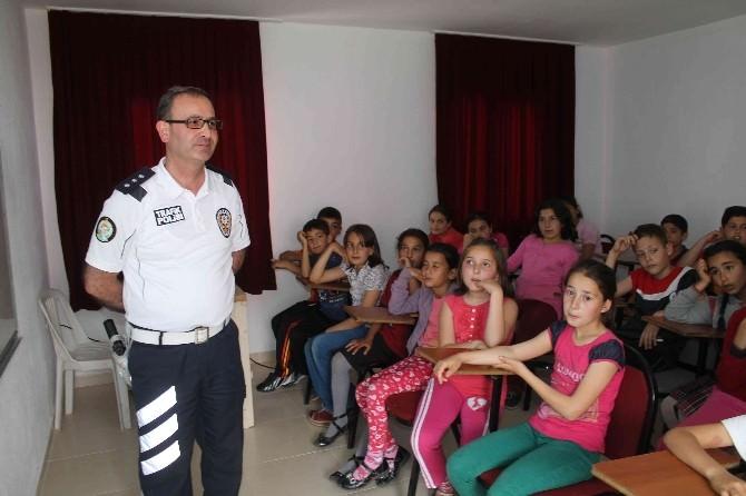 Fethiye'de Öğrencilere Uygulamalı Trafik Eğitimi