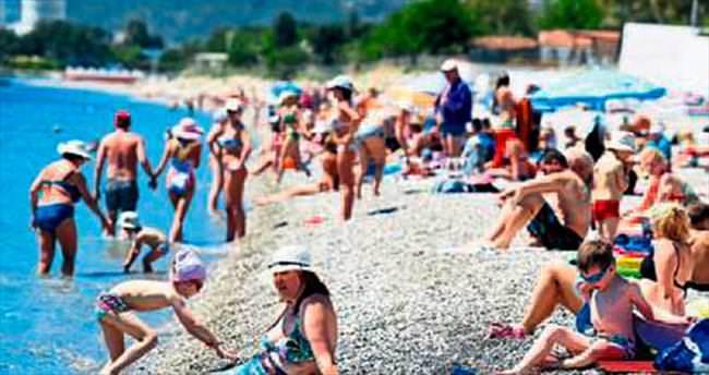 Antalya sahilleri dolmaya başladı