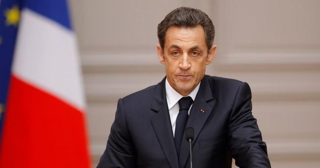 Sarkozy'ye mahkemeden kötü haber