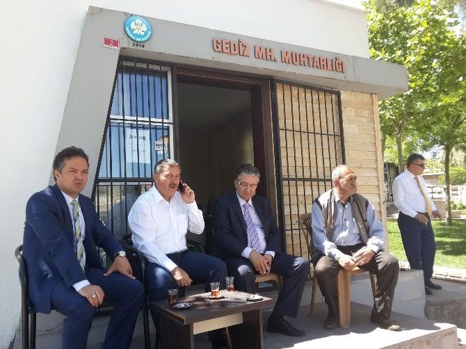"""AK Parti'li Özdağ: """"CHP 90 Yıllık Mazisine İhanet Ediyor"""""""