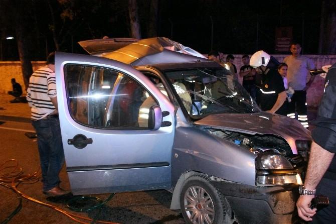 Alkol Kazayı Beraberinde Getirdi: 1'i Ağır 3 Yaralı