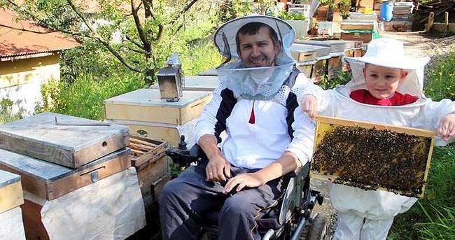 Arı kovanıyla hayata tutundu