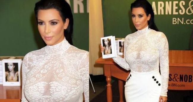 Hayvanseverler Kim Kardashian'ın imza gününü bastı